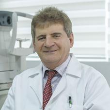 Dr. Luis Escaf